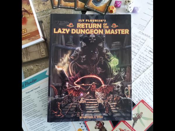 """Beispielbild zum Thema """"Abenteuer schreiben"""" mit einem Foto des Buchs """"Return of the Lazy Dungeon Master"""""""